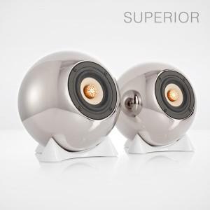 mo° sound Kugellautsprecher, superior, silber. Breitbandlautsprecher mit neodymium Magnet. Bambuspapier-Membrane und Kupfer Phase Plug. Platinbeschichtetes Porzellangehäuse.